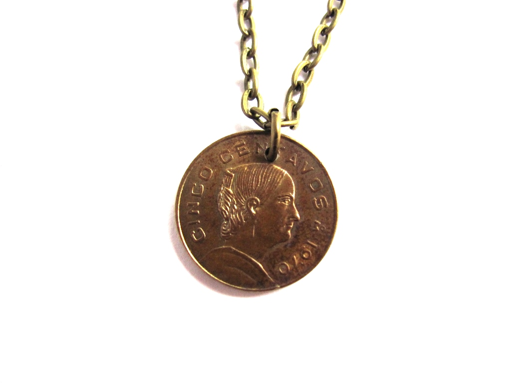 cinco jewelry mexican coin pendant mexico necklace 1970 cinco centavos 3687